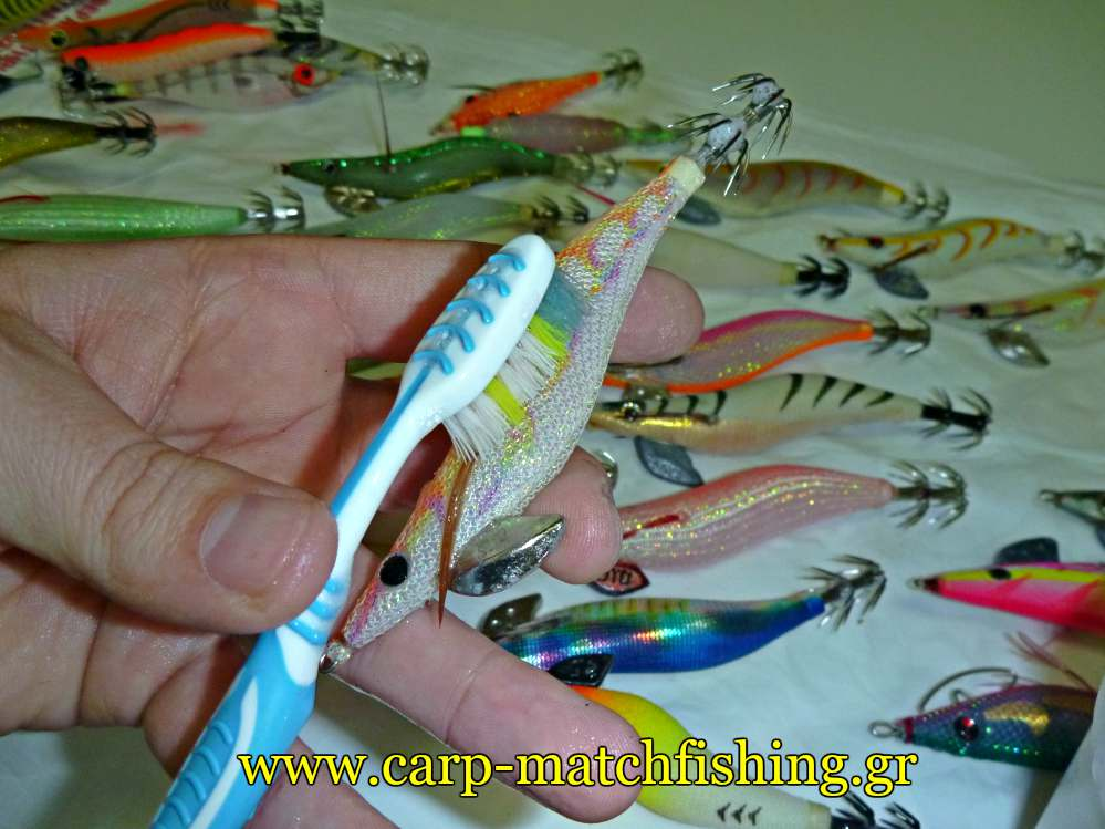 eging-cleaning-squid-jig-body-carpmatchfishing