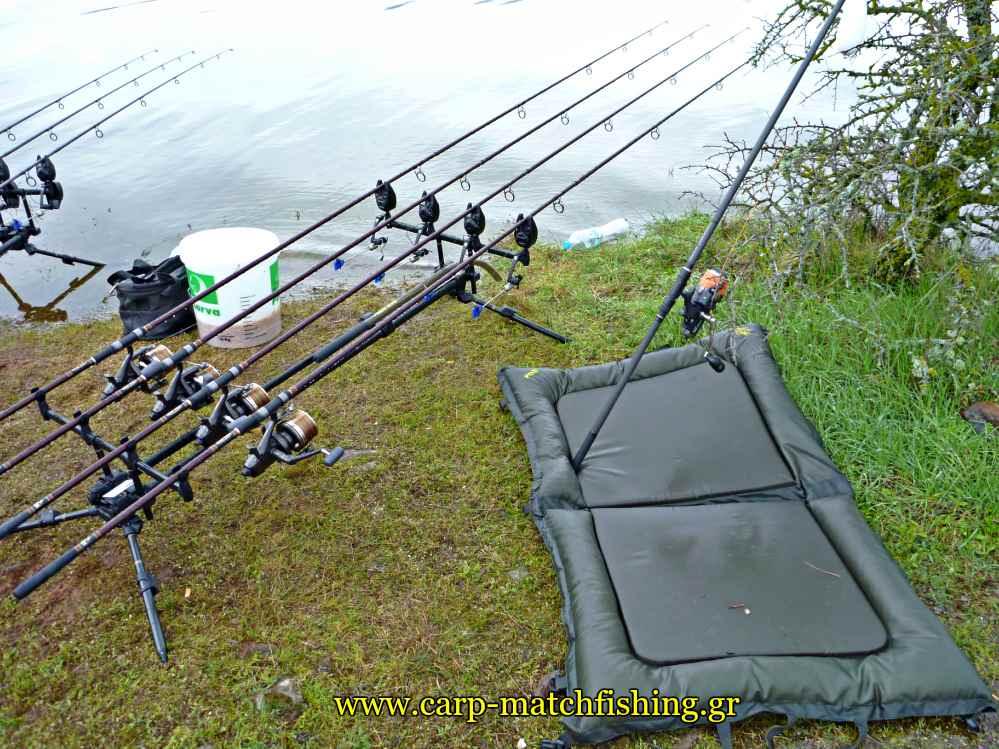 unhooking-mat-catch-and-release-carpmatchfishing
